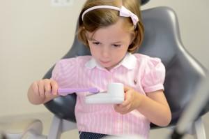 A szájhigiénia tanulását nem lehet elég korán kezdeni