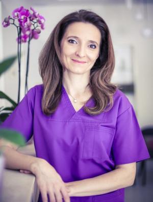 1. Dr. Maráz Kinga